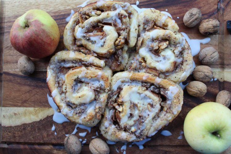 Apfel Walnuss Zimtschnecken