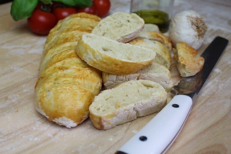 Baguette-Beitragsbild-rezept-selber machen-die frau am grill-bild-teig-web