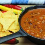 Chili con Carne mit Nachos