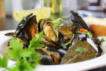 Muscheln in Gemüseweißweinsauce