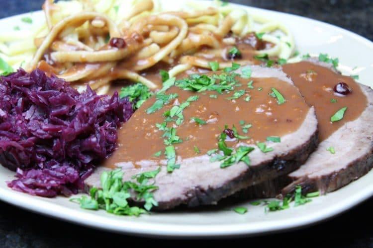 Sauerbraten - Die Frau am Grill