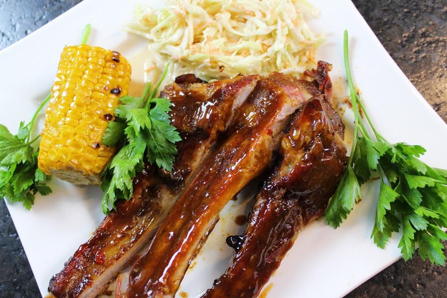Spareribs Gasgrill Wieviel Grad : Spare ribs grillen u2013 30 90 30 im dutch oven die frau am grill