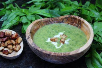 baerlauchsuppe rezept mit croutons - die frau am grill